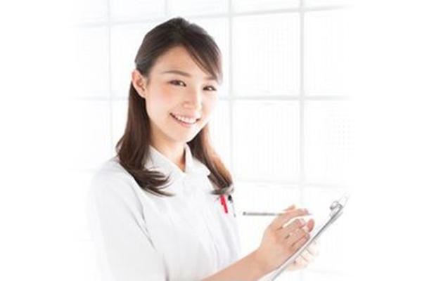 看護師による定期的な健康面談を受けることができます